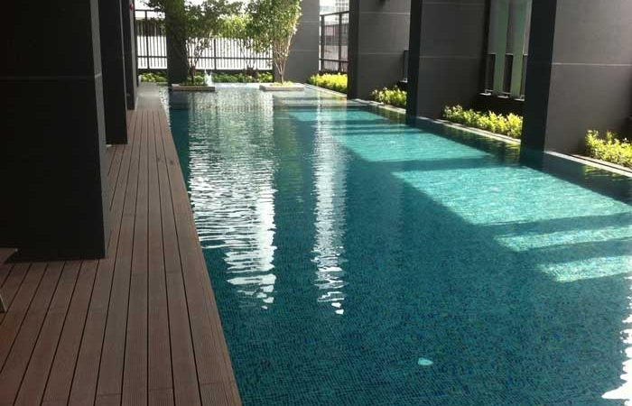The-Capital-Ekamai-Thonglor-Swimming-pool
