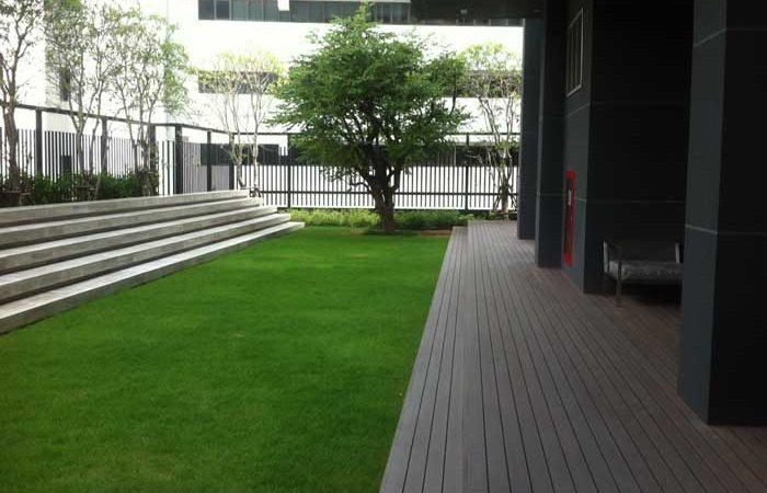 The-Capital-Ekamai-Thonglor-garden-area
